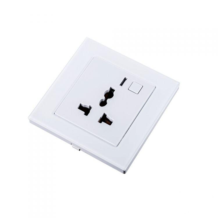 gniazdo elektryczne białe (zdalnie sterowane) Uniwersalne
